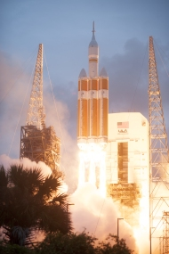launch_of_delta_iv_heavy_with_orion_eft-1_ksc-2014-4746